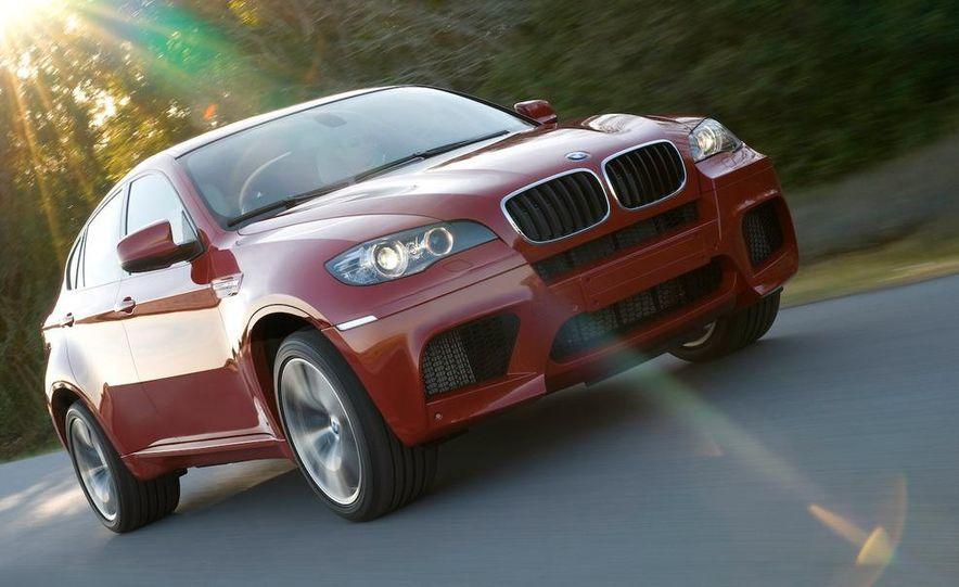2010 BMW X6 M - Slide 23