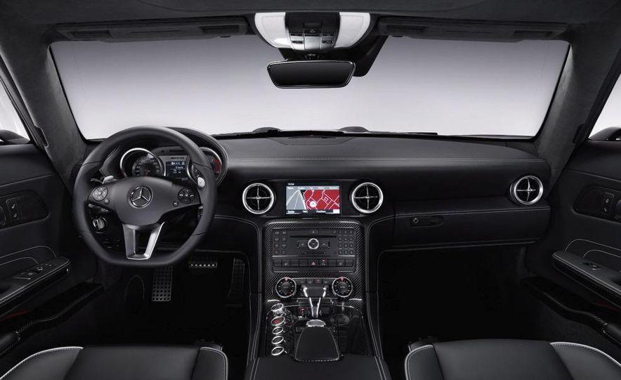 2012 Mercedes-Benz SLS AMG (spy photo) - Slide 11