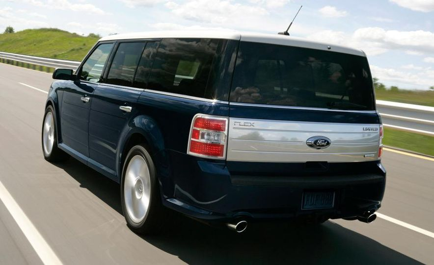 2010 Ford Flex with EcoBoost - Slide 4