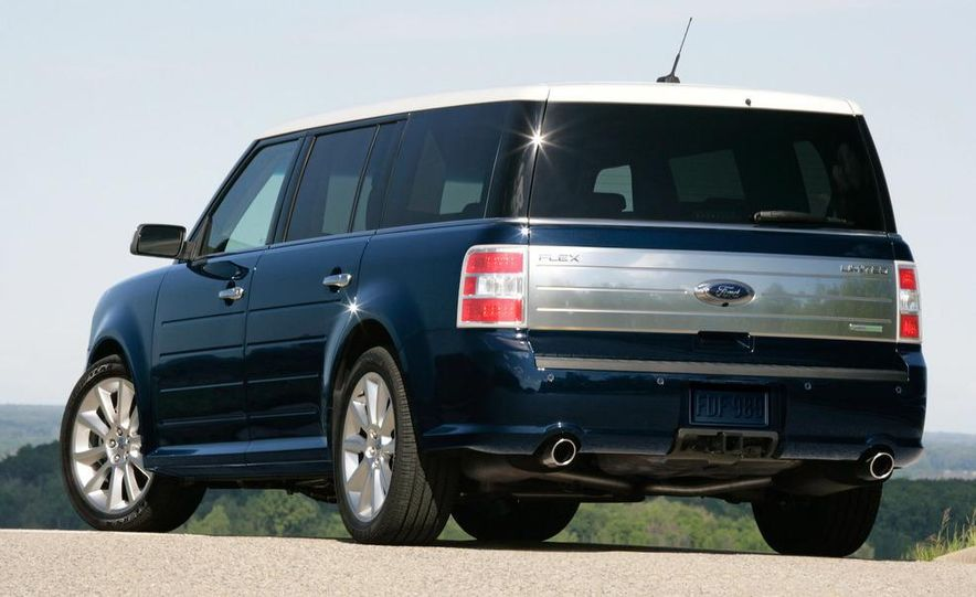 2010 Ford Flex with EcoBoost - Slide 5