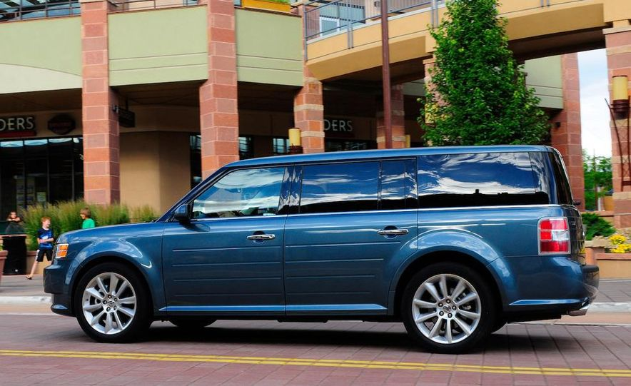 2010 Ford Flex with EcoBoost - Slide 7