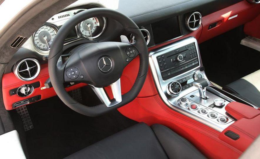 2011 Mercedes-Benz SLS AMG - Slide 35
