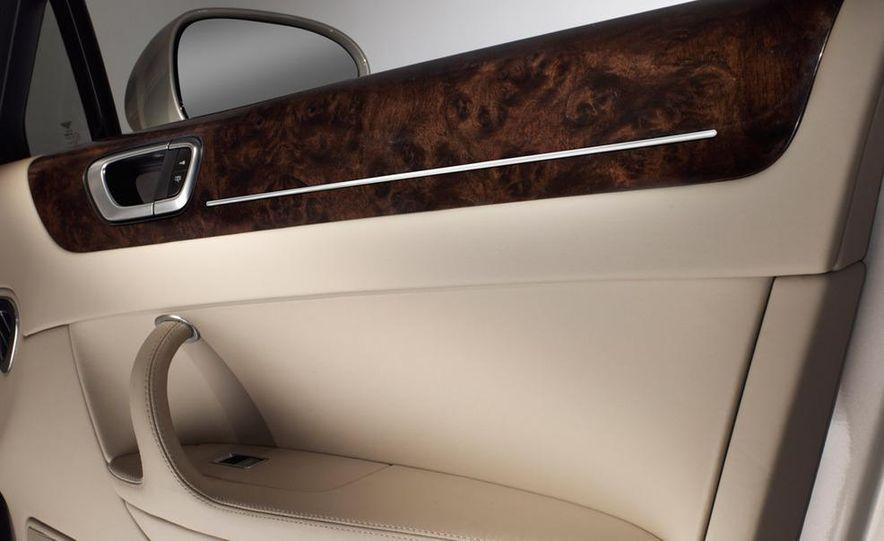 2011 Grand Bentley (artist's rendering) - Slide 32