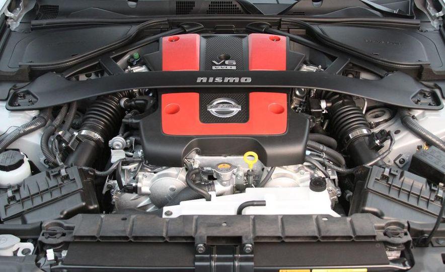 2009 Nissan 370Z SynchroRev Match button - Slide 23