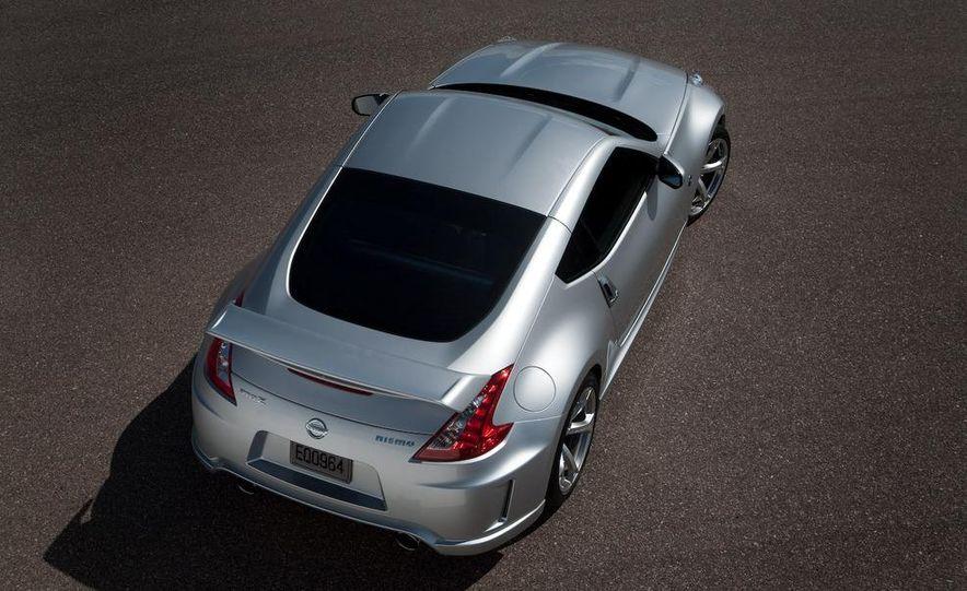 2009 Nissan 370Z SynchroRev Match button - Slide 17