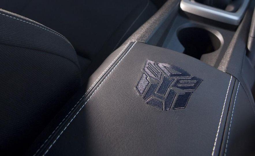 2010 Chevrolet Camaro Transformers Special Edition - Slide 9