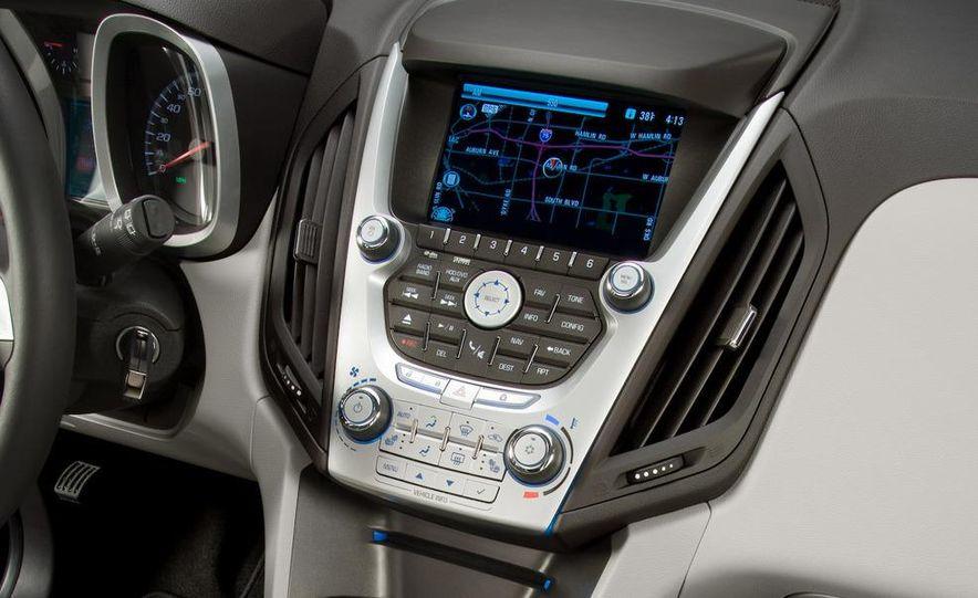 2010 Chevrolet Equinox - Slide 21