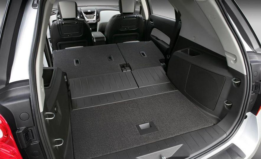 2010 Chevrolet Equinox - Slide 9