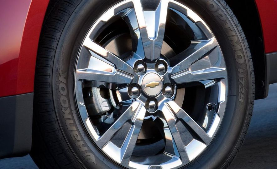 2010 Chevrolet Equinox - Slide 17