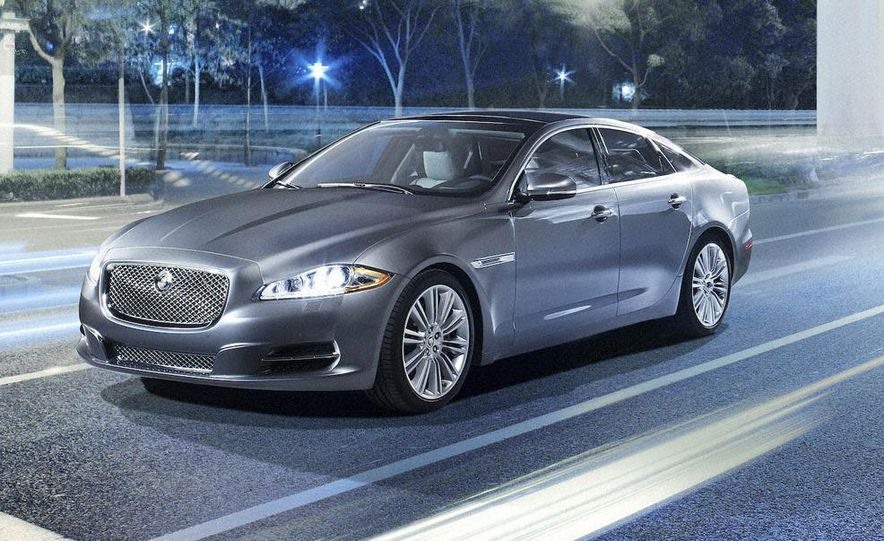 2010 Jaguar XJ - Slide 4