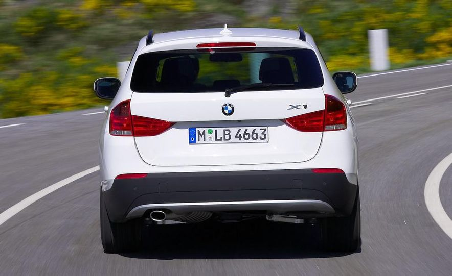 2010 BMW X1 xDrive23d (European model) - Slide 22