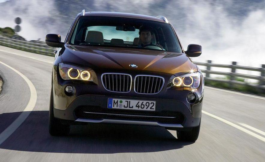 2010 BMW X1 xDrive23d (European model) - Slide 10