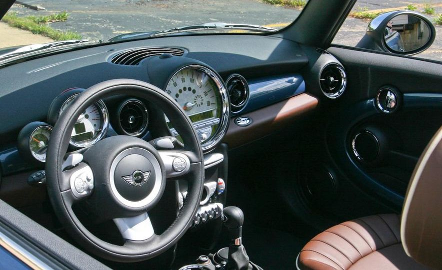 2009 Mini Cooper convertible - Slide 44