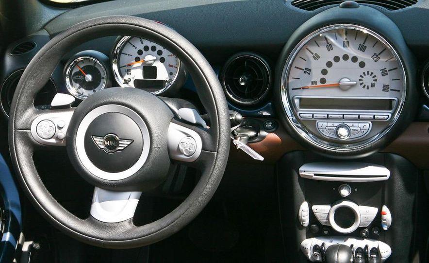 2009 Mini Cooper convertible - Slide 45