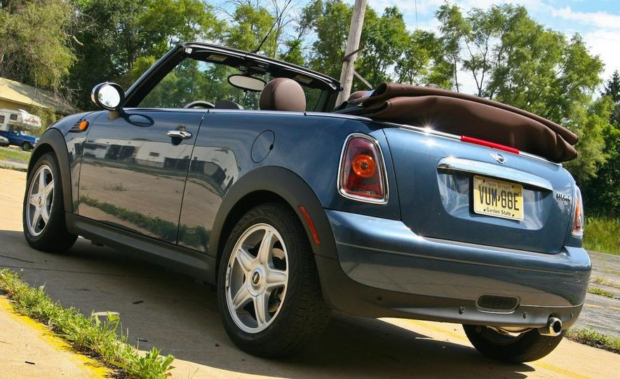 2009 Mini Cooper convertible - Slide 14