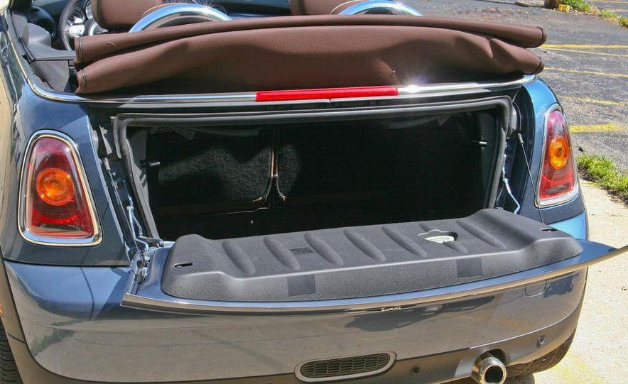 2009 Mini Cooper convertible - Slide 29