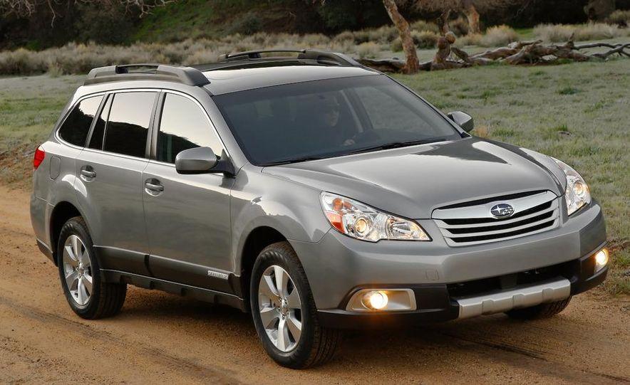 2010 Subaru Outback 3.6R - Slide 1