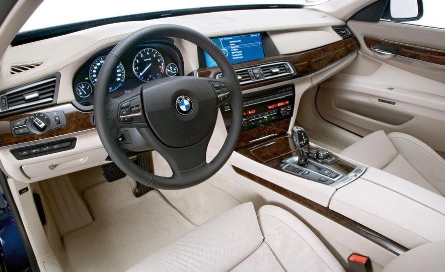 2010 BMW 760Li - Slide 26