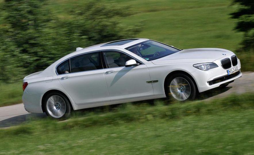 2010 BMW 760Li - Slide 1
