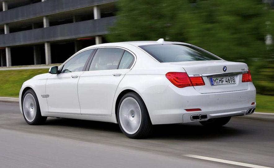 2010 BMW 760Li - Slide 10