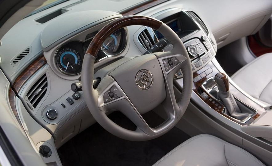 2011 Buick Regal (spy photo) - Slide 22