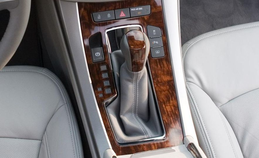 2011 Buick Regal (spy photo) - Slide 24