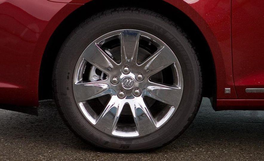 2011 Buick Regal (spy photo) - Slide 6