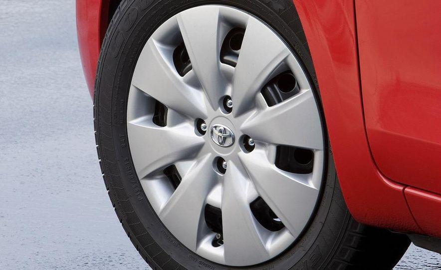 2009 Toyota Yaris 5-door hatchback - Slide 74