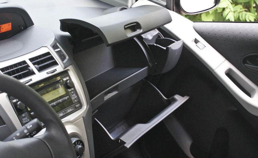 2009 Toyota Yaris 5-door hatchback - Slide 30