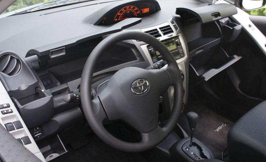 2009 Toyota Yaris 5-door hatchback - Slide 29