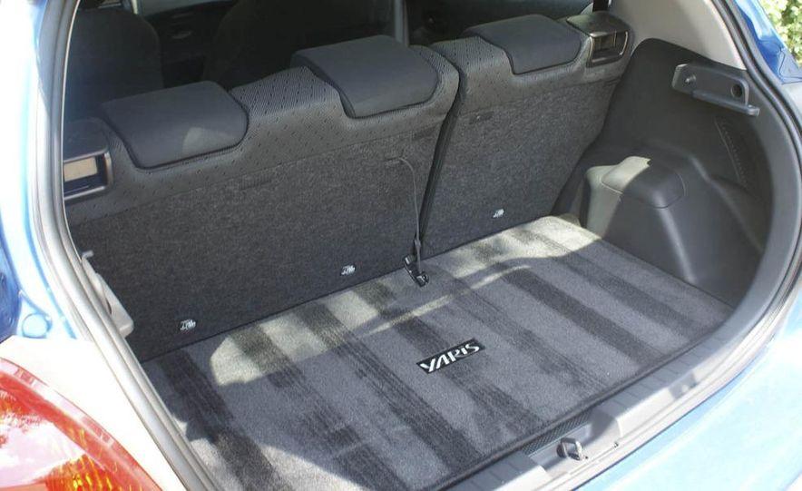 2009 Toyota Yaris 5-door hatchback - Slide 27