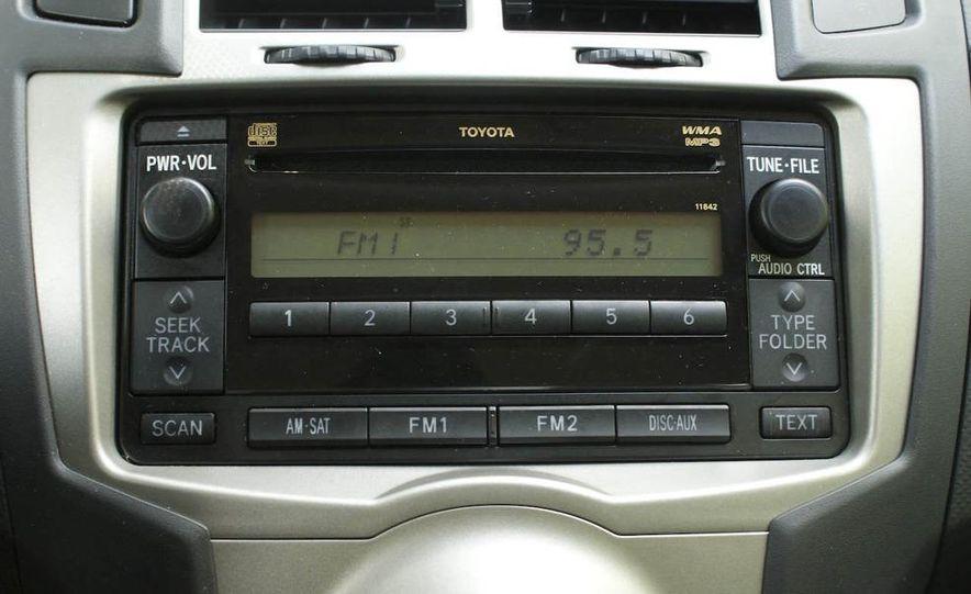 2009 Toyota Yaris 5-door hatchback - Slide 21