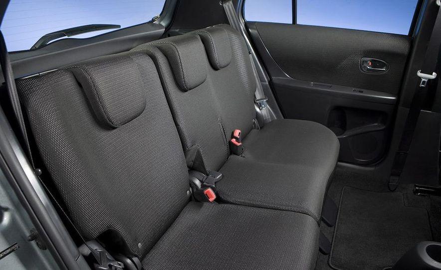 2009 Toyota Yaris 5-door hatchback - Slide 88