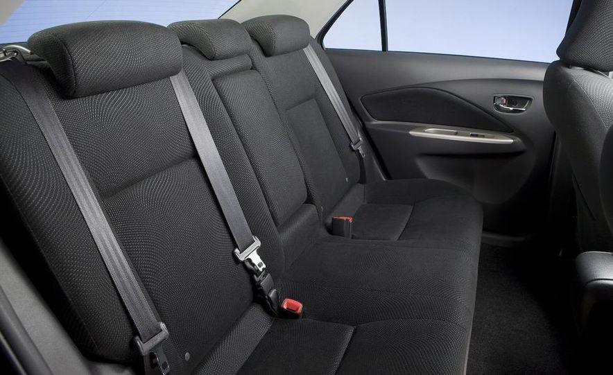 2009 Toyota Yaris 5-door hatchback - Slide 90