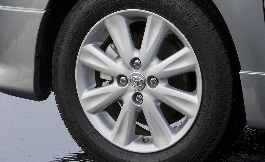 2009 Toyota Yaris 5-door hatchback - Slide 70