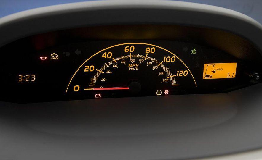 2009 Toyota Yaris 5-door hatchback - Slide 60