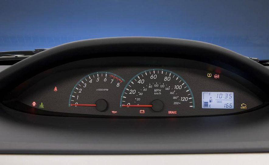 2009 Toyota Yaris 5-door hatchback - Slide 63