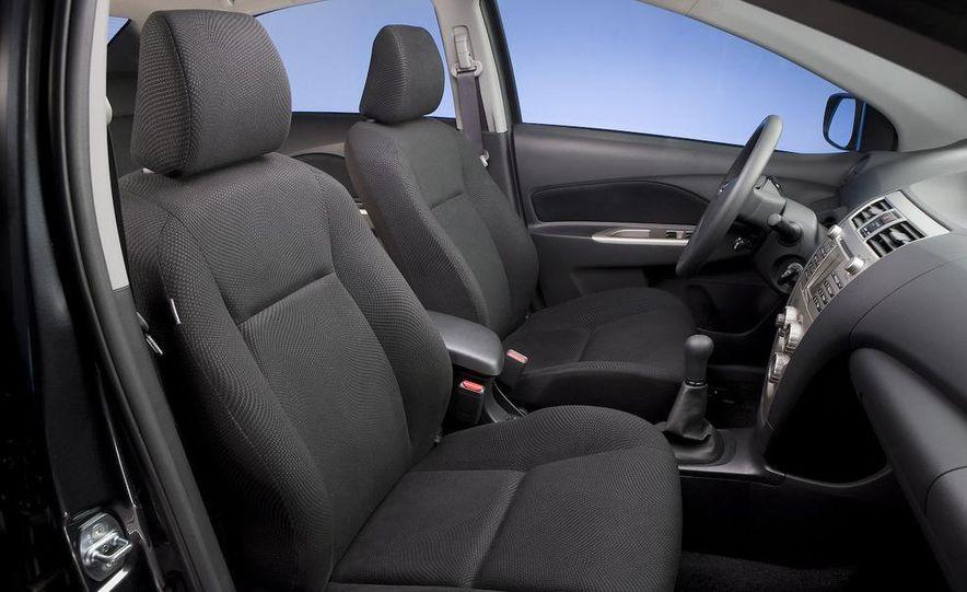 2009 Toyota Yaris 5-door hatchback - Slide 80