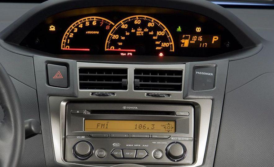 2009 Toyota Yaris 5-door hatchback - Slide 82