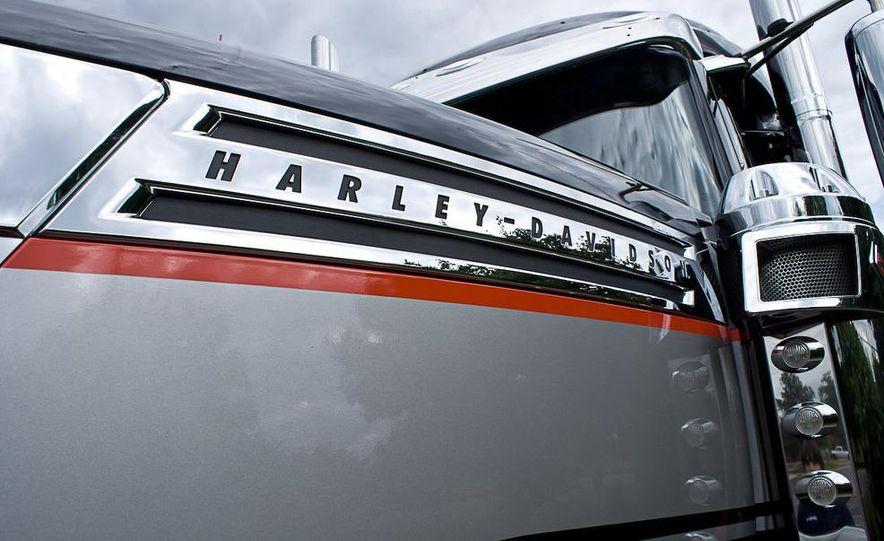 2009 International LoneStar Harley-Davidson Special Edition - Slide 20