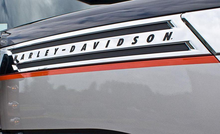 2009 International LoneStar Harley-Davidson Special Edition - Slide 27