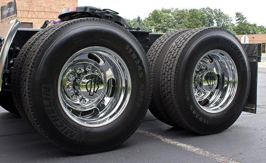 2009 International LoneStar Harley-Davidson Special Edition - Slide 25