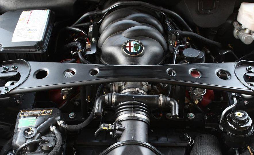 2010 Alfa Romeo 8C Spider - Slide 45