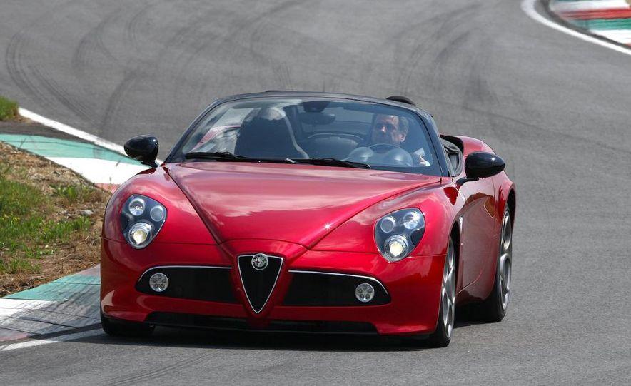 2010 Alfa Romeo 8C Spider - Slide 25