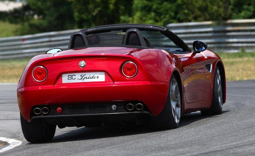 2010 Alfa Romeo 8C Spider - Slide 27