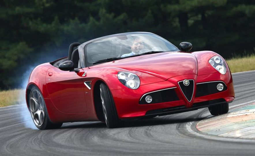 2010 Alfa Romeo 8C Spider - Slide 38