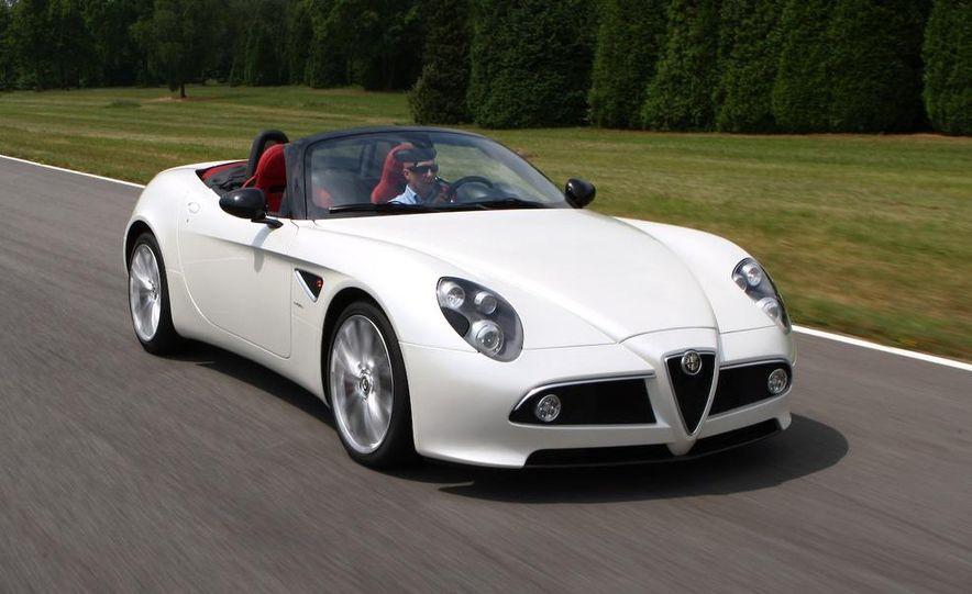 2010 Alfa Romeo 8C Spider - Slide 9