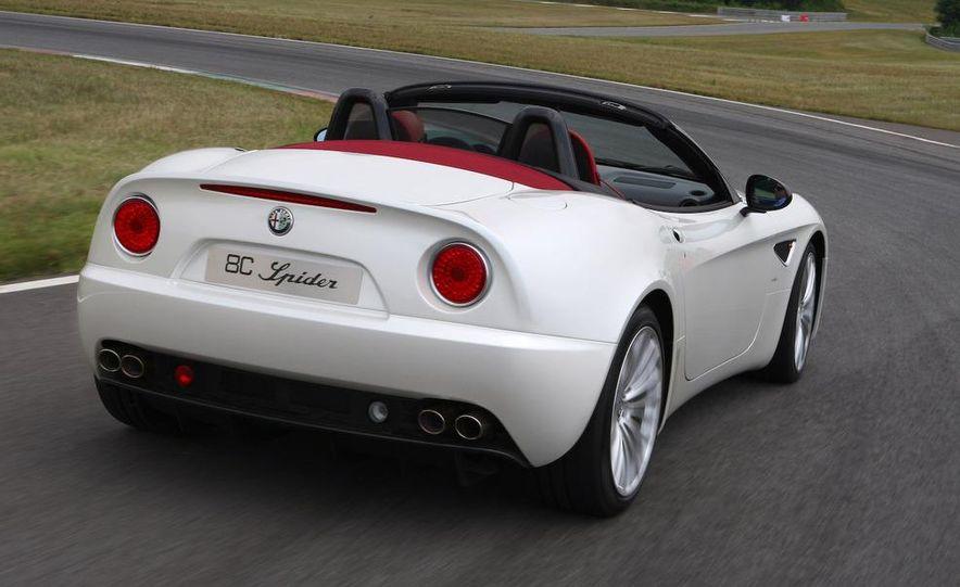 2010 Alfa Romeo 8C Spider - Slide 11