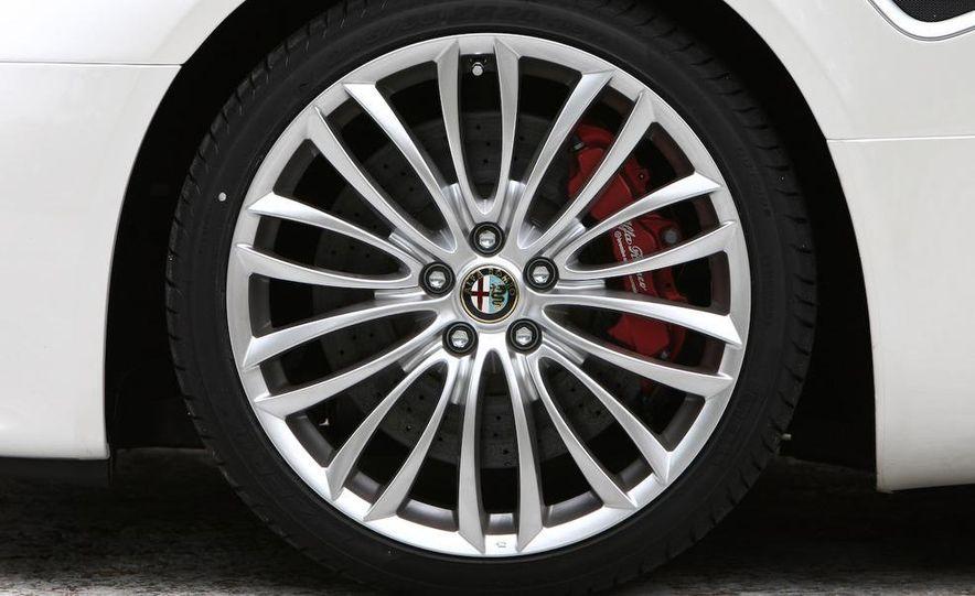 2010 Alfa Romeo 8C Spider - Slide 46