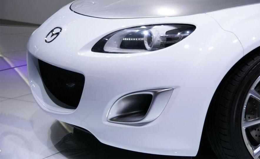 Mazda MX-5 Miata Superlight Concept - Slide 30